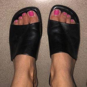 Black Nine West slip on sandal
